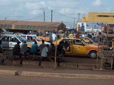 Taxistandplaats in Ghana