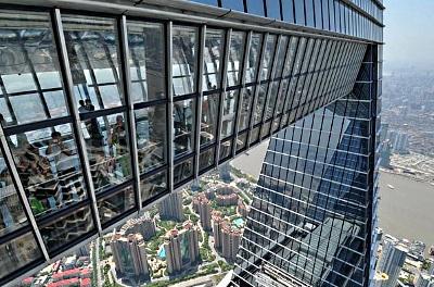 Skywalk in Shanghai World Financial Centre