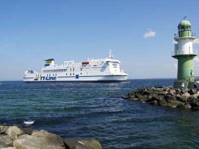 Veerboot van TT-Line van Duitsland naar Zweden