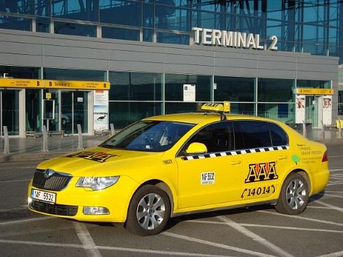 Vervoer van luchthaven Praag