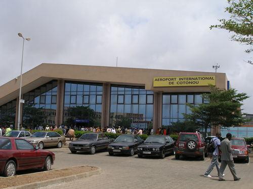 Vliegen naar Cotonou, Benin