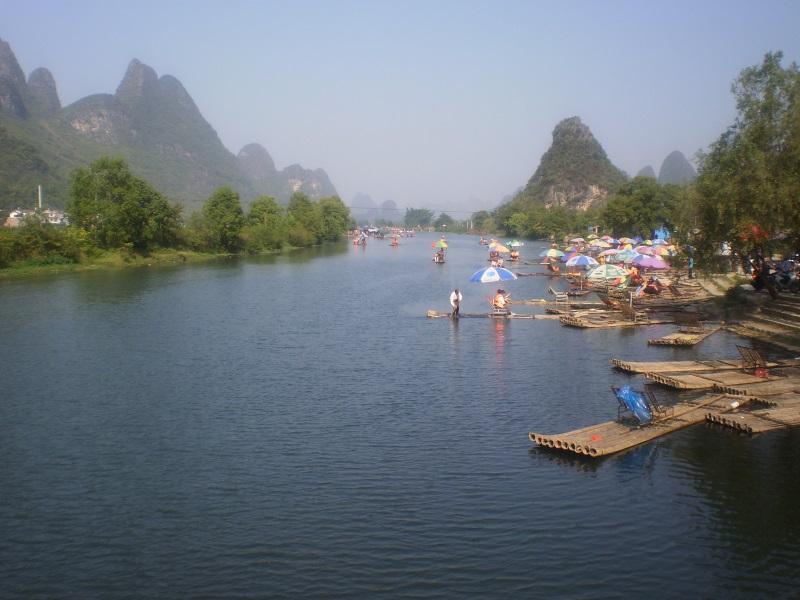 Bamboo rafting op de Li rivier