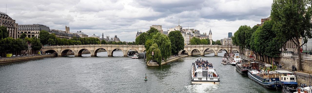 Panorama van Pont Neuf in Parijs